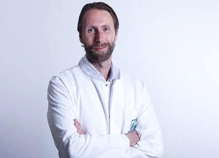 MEOCLINIC, Доктор - Хирургия - Christian Wit