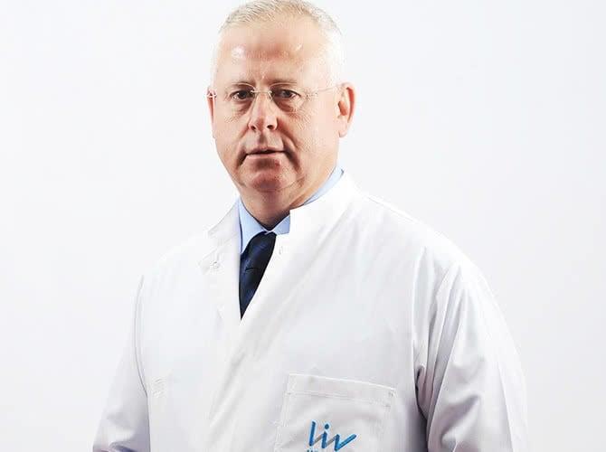 Liv Hospital, Доктор - Трансплантология - Fikret Arpaci