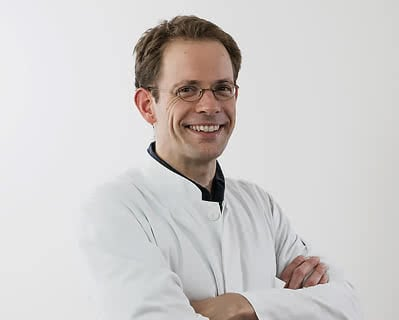 MEOCLINIC, Доктор - Дерматология - Tobias Forschner
