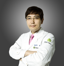 Клиника Лидерс, Врач-дерматолог - Юн Сонг Дже