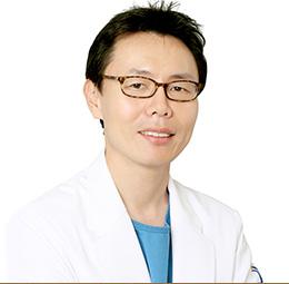 Центр пластической хирургии JK, Пластический хирург высшей категории/Основатель и генеральный директор - Джу Квон