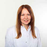 Клиника Миттельбаден, Старший специалист - Регина Хогг