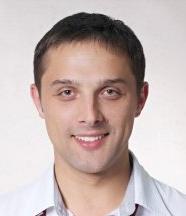 Украинско-Швейцарская стоматологическая клиника «Порцелян», Стоматолог-хирург - Воронин Максим Валерьевич