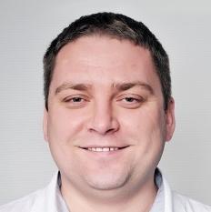 Украинско-Швейцарская стоматологическая клиника «Порцелян», Стоматолог-терапевт - Малиновский Александр Владимирович