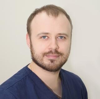 Стоматологическая клиника «Ортодонт Комплекс», Врач стоматолог-хирург, челюстно-лицевой хирург,  Главный врач клиники - Носач Николай Николаевич