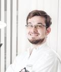 Стоматологическа клиника «MEDISSA», Врач стоматолог-хирург - ИЗМАЙЛОВ АНТОН