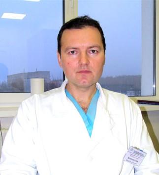 Могилевский областной онкологический диспансер, Заведующий отделением врач-онколог первой категории - Коновалов Ю.Е.
