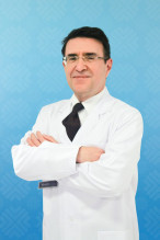 Доктор медицинских наук, профессор - Нейрохирургия, микрохирургия, онкохирургия, спинальная хирургия - Prof. Doctor NEJAT AKALAN