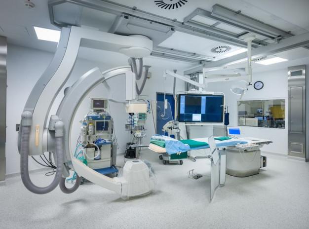 Уникальная гибридная операционная в клинике Anadolu (Турция)