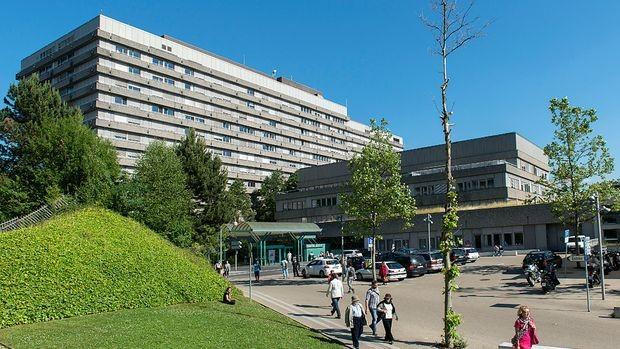 CHUV - университетская клиника, Швейцария, Лозанна - вид 1